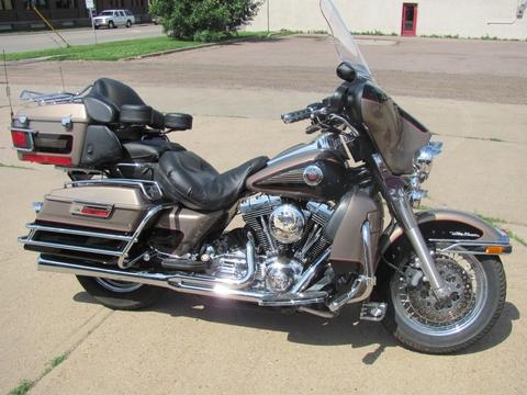 Larry's Harley Ultra