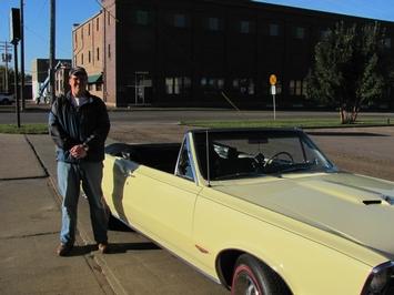 Tom's '65 Pontiac